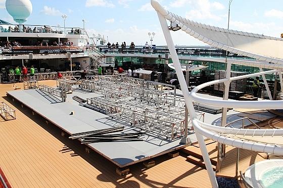 70000 Metal Cruise 01