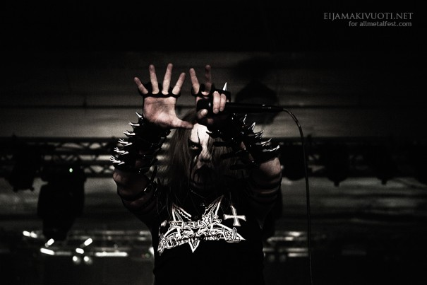 Steelfest13_day1_1_SatanicWarmaster_06