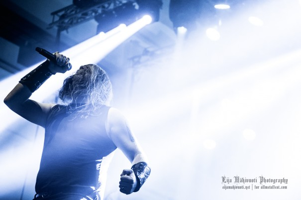 AA_11.2013_3.AmonAmarth_04