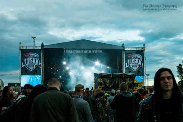 Tuska2014_Day1_4_Venue_during_Dimmu_10
